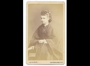 Y19625/ CDV junge Frau mit Haarschmuck Foto Allgeyer, Karslruhe, Rastatt ca.1875