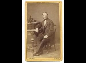 Y19626/ CDV Mann mit Bart Foto J. Nielsen, Kolding ca. 1875