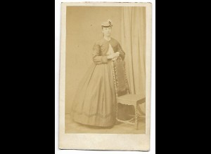 Y19632/ CDV Frau mit Reifrock ca.1865