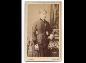 Y19635/ CDV junge Frau Foto A. Bartel, Hamburg ca. 1885