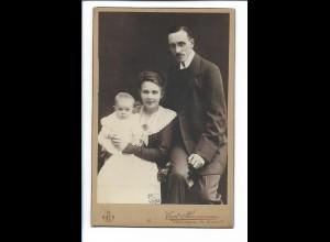 XX14822/ Kabinettfoto Eltern mit Baby Atelier Curt Hermann, Königsberg ca.1905