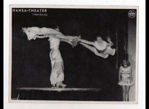 c1048/ Variete 5 Orlandos Rollschuh-Artisten Foto Mahler, Hamburg ca.1955