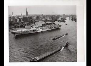 F5907/ Flugzeugträger OCEAN in Hamburg 1955 Foto 24 x 18 cm British Royal Navy