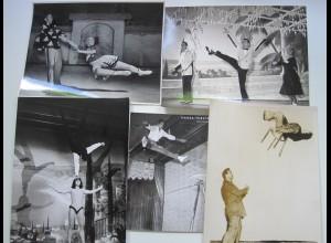 C3834/ 20 x Foto Variete Artisten Akrobaten Zirkus ca. 1950-60 Konvolut