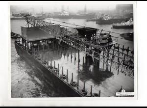 C1562/ Frachter Dock Hafen Schiffswerft Jonker & Stans Foto ca. 1965 24 x 18 cm