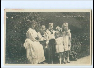 Y20778/ Unsere Herzogin mit Kindern - Frauen Hilfs-Verein, Gotha Foto AK