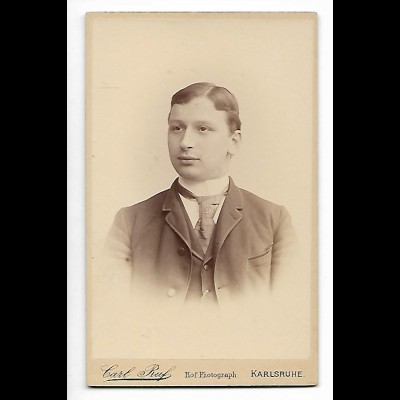 Y20567/ CDV Foto junger Mann Atelier Carl Ruf, Karlsruhe 1891