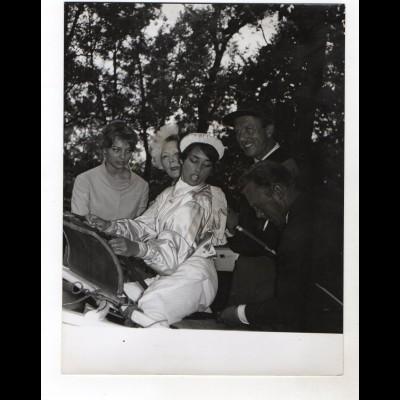 F6451/ Olga und Vera Tschechowa, Rudolf Lenz, Belinda Lee Foto ca. 1965 24x18cm