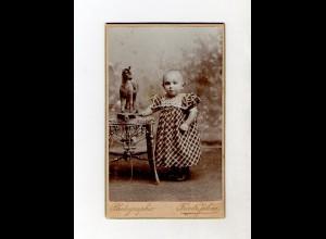 Y1769/ CDV Foto Kleines Mädchen Kind Spielzeug-Pferd Atelie Fr. Jähne, Neuss