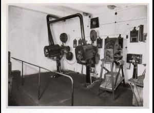 C2087/ Fahrrad Radfahrerstütze erfunden von L. Schwab Foto 1929 18 x 13 cm