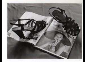 C2029/ Mode Schuhe schönes Foto ca.1960 23,5 x 17,5 cm