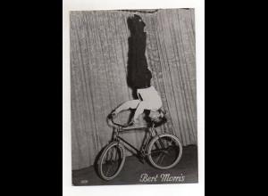 C2663/ Bert Morris Fahrrad Artist Variete Foto 19 x 14 cm ca.1960
