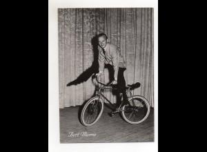C2664/ Bert Morris Fahrrad Artist Variete Foto 19 x 14 cm ca.1960