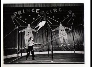 C2214/ Köhlers Reckakt Artisten Zirkus Prince Foto ca.1955 24 x 18 cm
