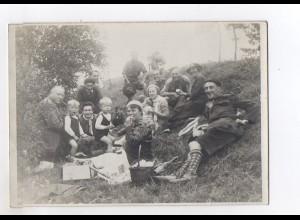 C2325/ Picknick Familie Wanderer Foto 18 x 13 cm ca.1935