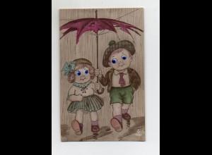 T4037/ Plastik Augen - Junge und Mädchen mit Regenschirm AK ca.1925