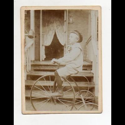 Y8171/ Kabinettfoto Junge mit Dreirad ca.1905 Spielzeug