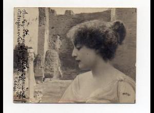 Y8850/ Junge Frau Foto AK Format 8,5 x 6,5 cm gelaufen