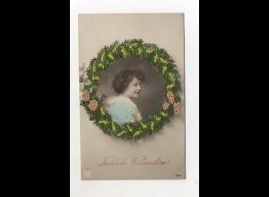 Y9308/ Weihnachten Seidenstickerei junge Frau NPG Foto AK ca.1910