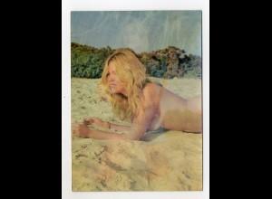 Y9483/ 3 D Karte AK Wackelbild nackte Frau Erotik Nude, on Sands ca. 1970