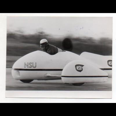 C2868/ Motorradrennen NSU Motorrad mit Seitenwagen Pressefoto ca.1960