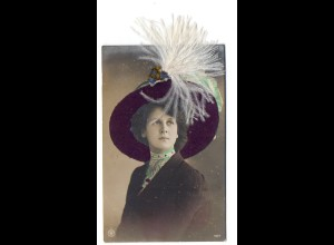 Y9760/ Frau mit Hut echte Federn Foto AK 1912