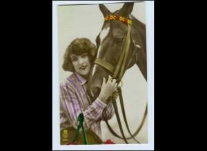 W2K06/ Hübsche junge Frau mit Pferd Foto AK ca.1920