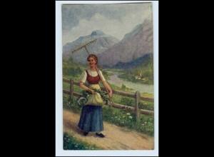 W5H59/ Landwirtschaft Heimkehr vom Felde AK Frau mit Harke ca.1925