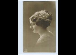 W7P78/ Junge Frau mit Haarschmuck Foto AK 1912 Verlag: P.M.B.