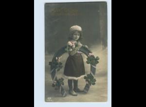 W9S43/ Neujahr Mädchen mit Hufeisen Foto AK 19*12